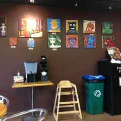 Photo taken at Mountain Mama Natural Foods by Kirill S. on 9/13/2013