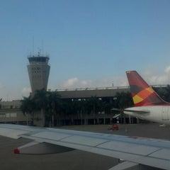 Photo taken at Aeropuerto Internacional Alfonso Bonilla Aragón (CLO) by Nelson C. on 9/13/2013