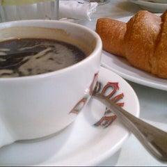 Photo taken at Dôme Café by Aruna Shenoy K. on 10/3/2013