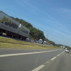 Photo taken at Rodovia BR-101 by Marvin F. on 5/11/2013