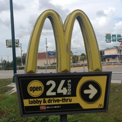 Photo taken at McDonald's by Larry R. on 8/27/2013