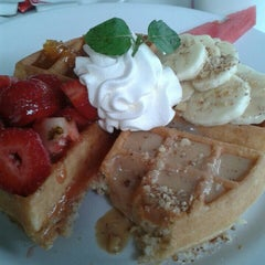 Photo taken at The Waffle Factory by Rouxx B. on 10/11/2014