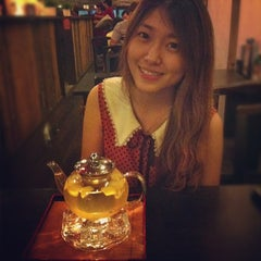 Photo taken at Life Cafe 人间茶坊 by  S. on 11/10/2012