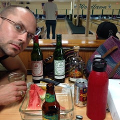 Photo taken at Woodlawn Duckpin by Danielle W. on 7/30/2014
