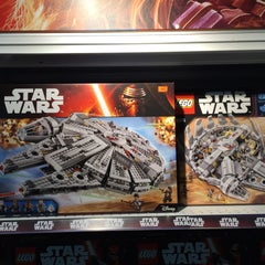 """Photo taken at Toys""""R""""Us by earthkid j. on 9/5/2015"""
