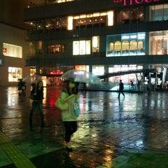 Photo taken at 有楽町駅 (Yūrakuchō Sta.) by えくす ん. on 10/4/2012