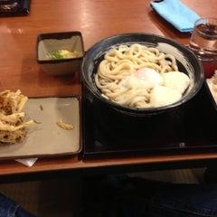 Photo taken at 香の川製麺 枚方津田店 by Shinichi Y. on 11/20/2013
