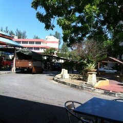 Photo taken at Jabatan Bomba dan Penyelamat Perak by slevin a. on 6/28/2013