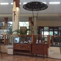 Photo taken at Novotel Surabaya Hotel and Suites by Juris M. on 9/22/2015