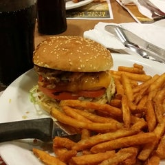 Photo taken at Denny's by Flavinho J. on 11/12/2013