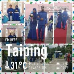 Photo taken at Masjid Taiping by Raja Noor Adna A. on 6/15/2013