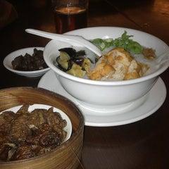 Photo taken at Hong Sin Restaurant by Fariyana A. on 10/16/2014