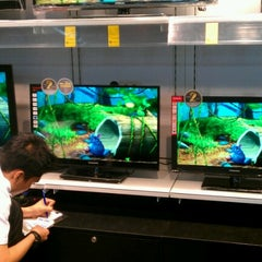Photo taken at SM Appliance Center by niwre c. on 12/31/2012