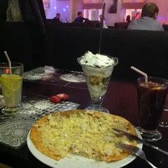 Photo taken at Pizzakit by Mishinka M. on 12/30/2013