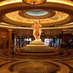 Photo taken at Caesars Palace Hotel & Casino by Kerry G. on 6/9/2013