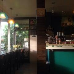 Photo taken at Café Amazon (คาเฟ่ อเมซอน) by ☠☠OOXX☠☠ on 7/2/2014
