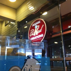 Photo taken at Krispy Kreme by Roy Augustus A. on 4/7/2013