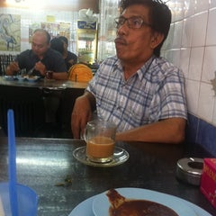 Photo taken at Restoran Nasi Lemak Lido by Razief j. on 10/27/2014