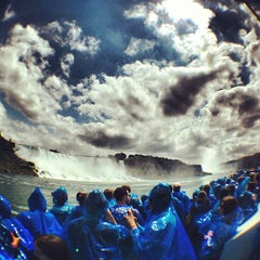 Photo taken at Maid Of The Mist - Canada entry by Hugo G. on 8/13/2013