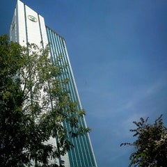 Photo taken at ธนาคารกสิกรไทย สำนักงานใหญ่ (KASIKORNBANK Head Office) by Sarayut W. on 12/19/2012