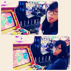 Photo taken at Timezone by Adi F. on 2/23/2013