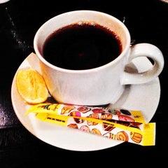 Photo taken at Met Liefde Cafe by Afrizal H. on 11/13/2013