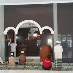 Photo taken at Masjid Al Muhajirin PCI Blok B by YDwi M. on 1/17/2014