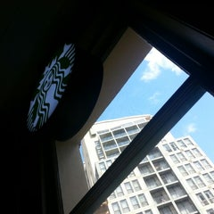 Photo taken at Starbucks by Dimitri R. on 10/12/2012