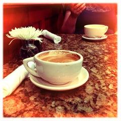 Photo taken at Gold Street Caffe by Joshua A. on 3/30/2013