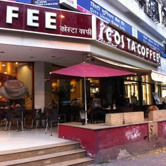 Photo taken at Costa Coffee by Bandra I. on 10/23/2013