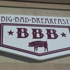 Photo taken at Big Bad Breakfast by Ernesto S. on 2/14/2015