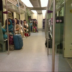Photo taken at KLIA Ekpres/Transit (ERL) by Jenifer 여. on 10/21/2012