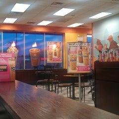 Photo taken at Dunkin Donuts by Patricia R. on 4/12/2014