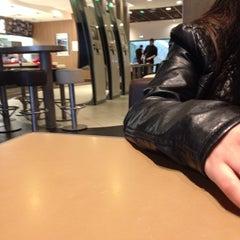 Photo taken at McDonald's by Safiye d. on 3/11/2014