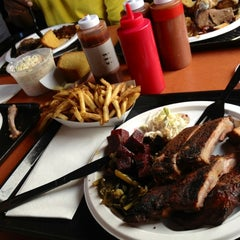 Photo taken at Townline BBQ by Nancerella on 7/2/2012