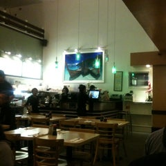 Photo taken at Mr. Noodle by Venkat M. on 3/1/2012