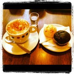 Photo taken at Suplicy Cafés Especiais by Daniela B. on 9/5/2012