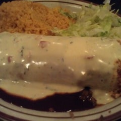 Photo taken at Manny's Restaurante Mexicano by Phil W. on 7/4/2012