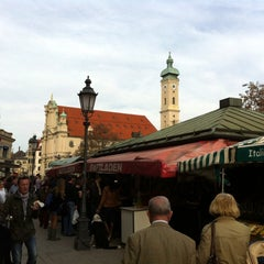 Photo taken at Viktualienmarkt by Markus  on 3/17/2012