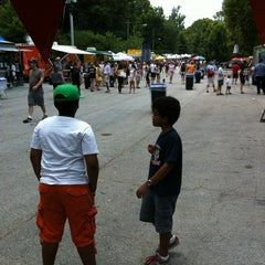 Photo taken at Red Stripe Mid Summer Music And Food Fest by Alan S. on 6/16/2012