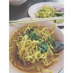 Photo taken at ร้านอาหาร 3 ภาค by ❤ Fonfishy ❤ S. on 1/27/2014