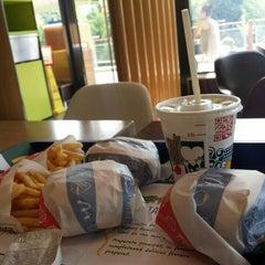 Photo taken at McDonald's by Iulia Scarlat on 6/29/2015