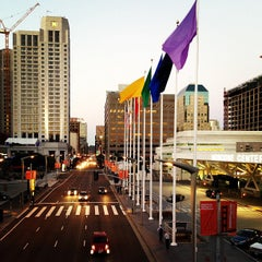Photo taken at Moscone Center by Luis Alberto S. on 4/10/2013