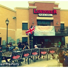 Photo taken at The Londoner Pub by Joe R. on 4/27/2013