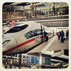 Photo taken at München Hauptbahnhof by Abdullah Y. on 3/17/2013