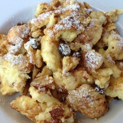 Photo taken at Gaumenkitzel Restaurant by Luis G. on 10/7/2012