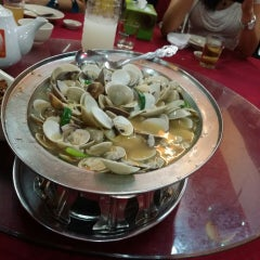 Photo taken at Sungai Yu Seafood Restaurant by Mandy T. on 5/1/2014