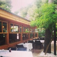 Photo taken at Δροσιά (Drosia) by hideki u. on 5/29/2014