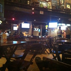 Photo taken at Varanda Pizza Bar by Alexandre N. on 6/5/2014