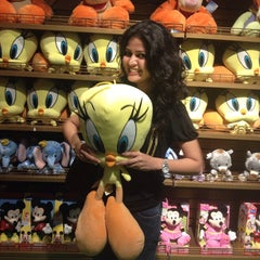 Photo taken at Hamleys by Megha J. on 10/16/2014